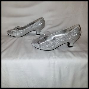 "1.5"" Sparkly Silver Shoes"
